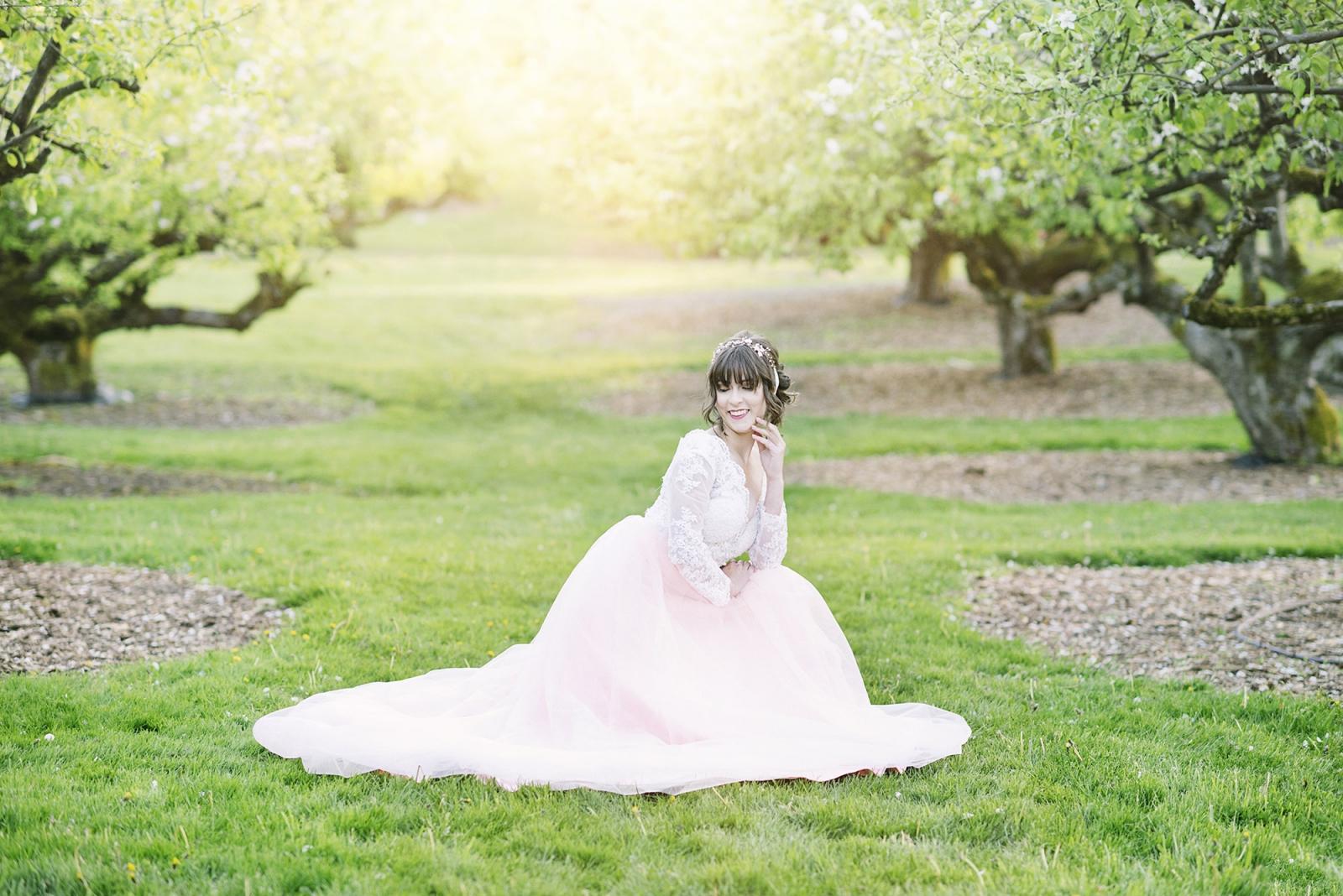 Orchard Spring Senior Photos